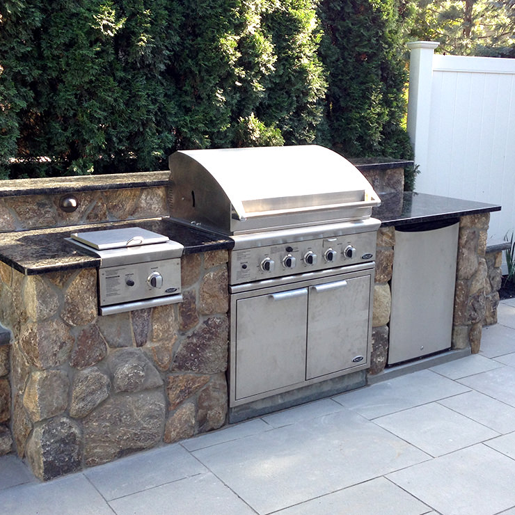 Outdoor Kitchens - State Stone & Masonry